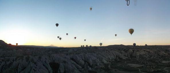 baloons pano 1024