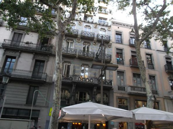 barca buildings 1024